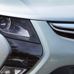 Opel_Ampera_Exterior_View_Close_Up_992x425_am12_e01_009