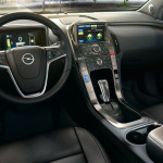 Opel_Ampera_Interior_View_992x425_am12_i01_022